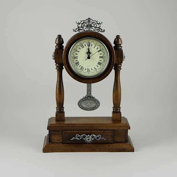Как израмки сделать настольные часы Часы из виниловой пластинки